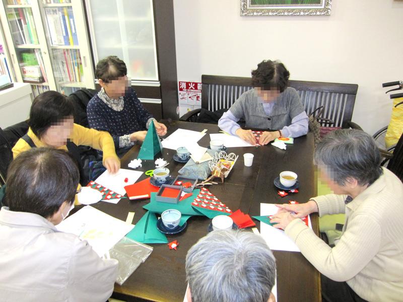 折紙講座 ~入れ物を作ろう~