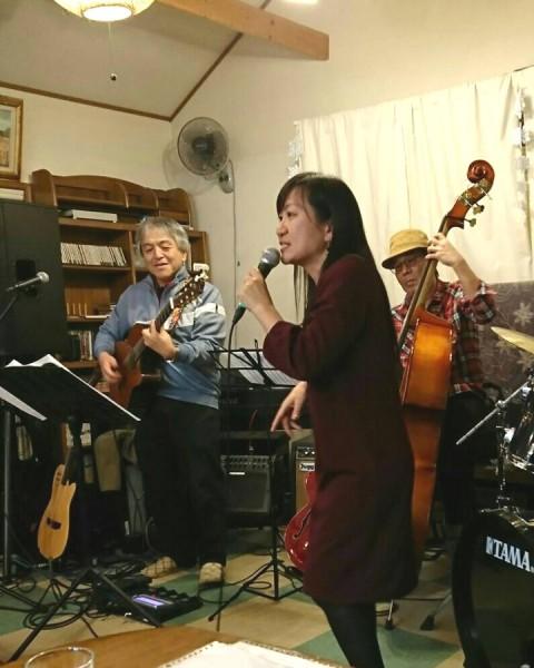 上小山田のライブハウス、キッチンスタディ