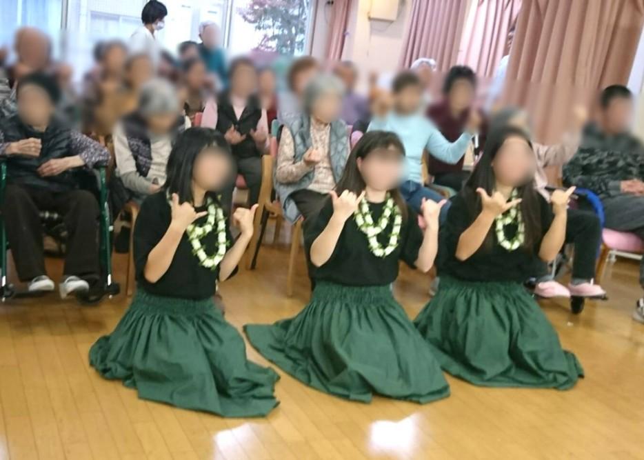 町田工業高校のフラダンス部