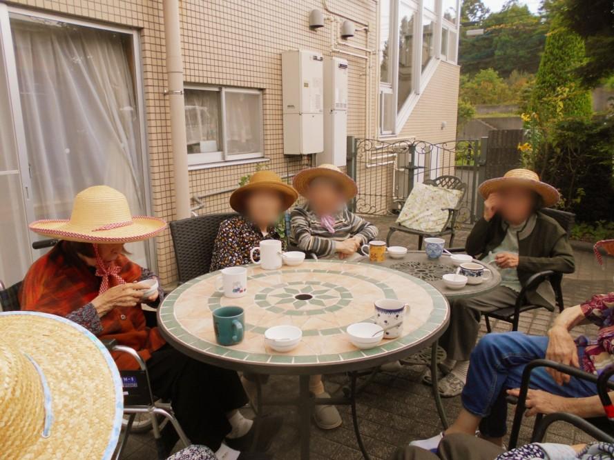 グループホームの日常風景~梅雨の晴れ間に~