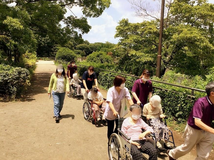 麻溝公園へお散歩に出かけ